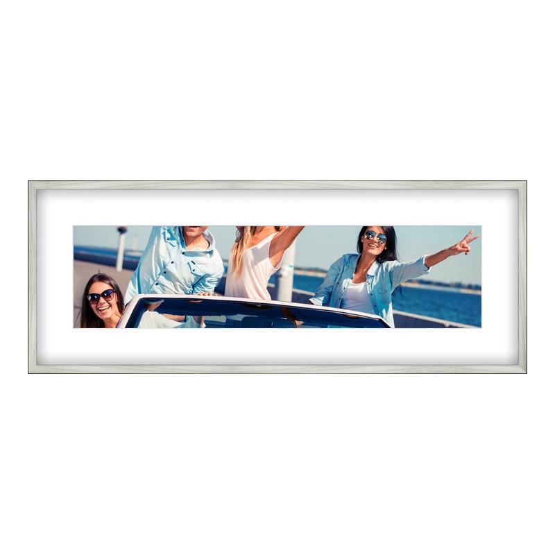 Fotopanorama im Bilderrahmen aus Holz gebürstet in silber als Panorama im Format 100 x 25 cm