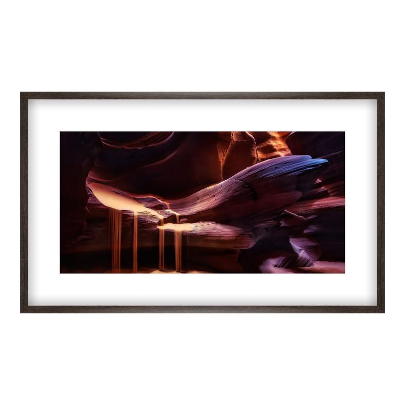 Antelope Canyon Foto Poster drucken im Holzrahmen gemasert in bra bei Myposter.de