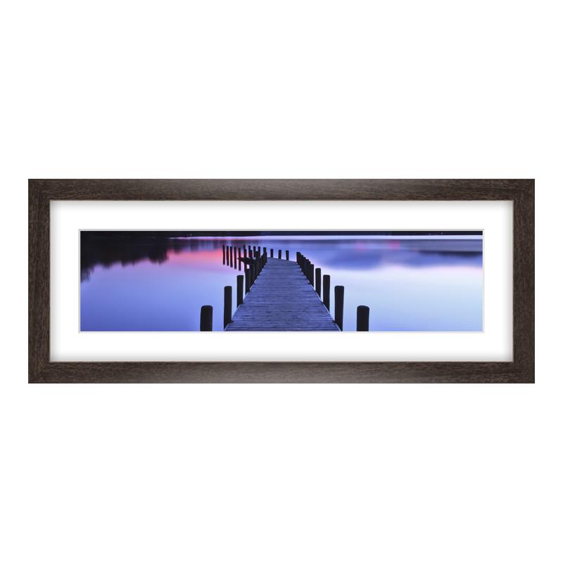 Fotopanorama im Bilderrahmen aus Holz gemasert in braun als Panorama im Format 40 x 10 cm