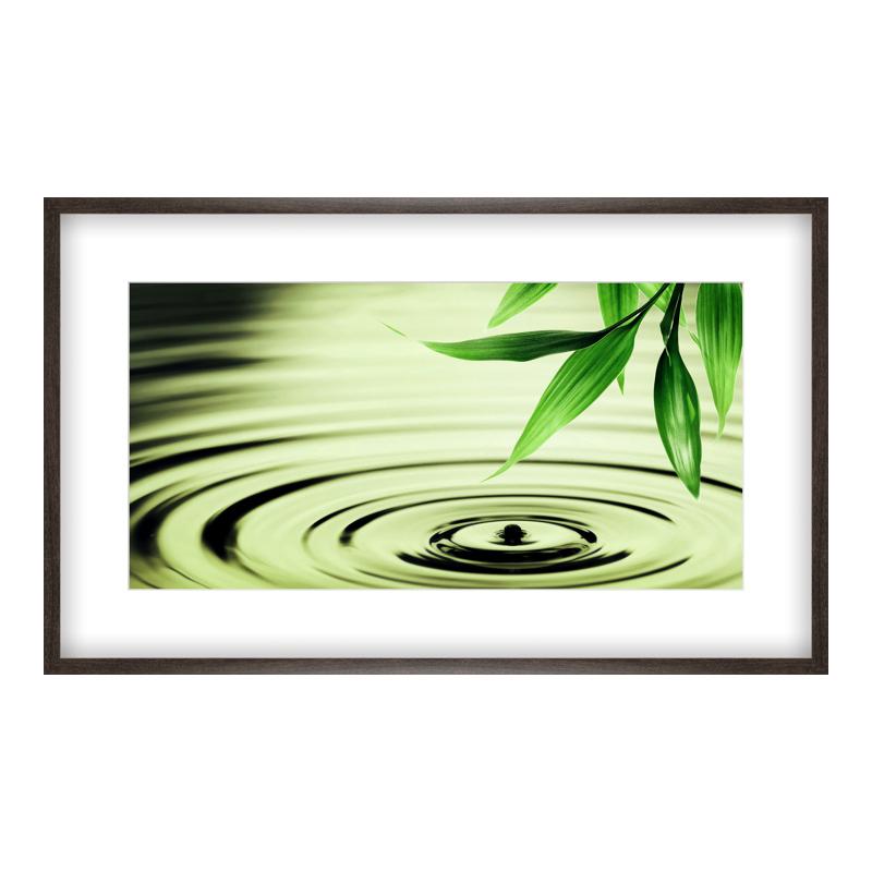 Wasser Bilder Poster drucken im Holzrahmen gemasert in braun bei Myposter.de