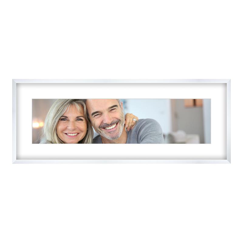 Fotopanorama im Bilderrahmen aus Holz gemasert in weiß als Panorama im Format 100 x 25 cm